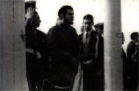 Che Guevara no Congresso em Punta Del Este, Tarso à direita. (foto retirada do livro)